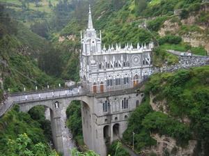 Църква построена върху мост